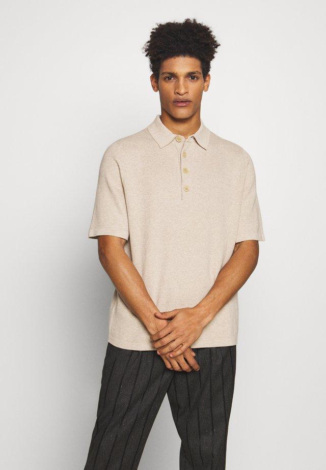 SKIPPER - Polo shirt - sand
