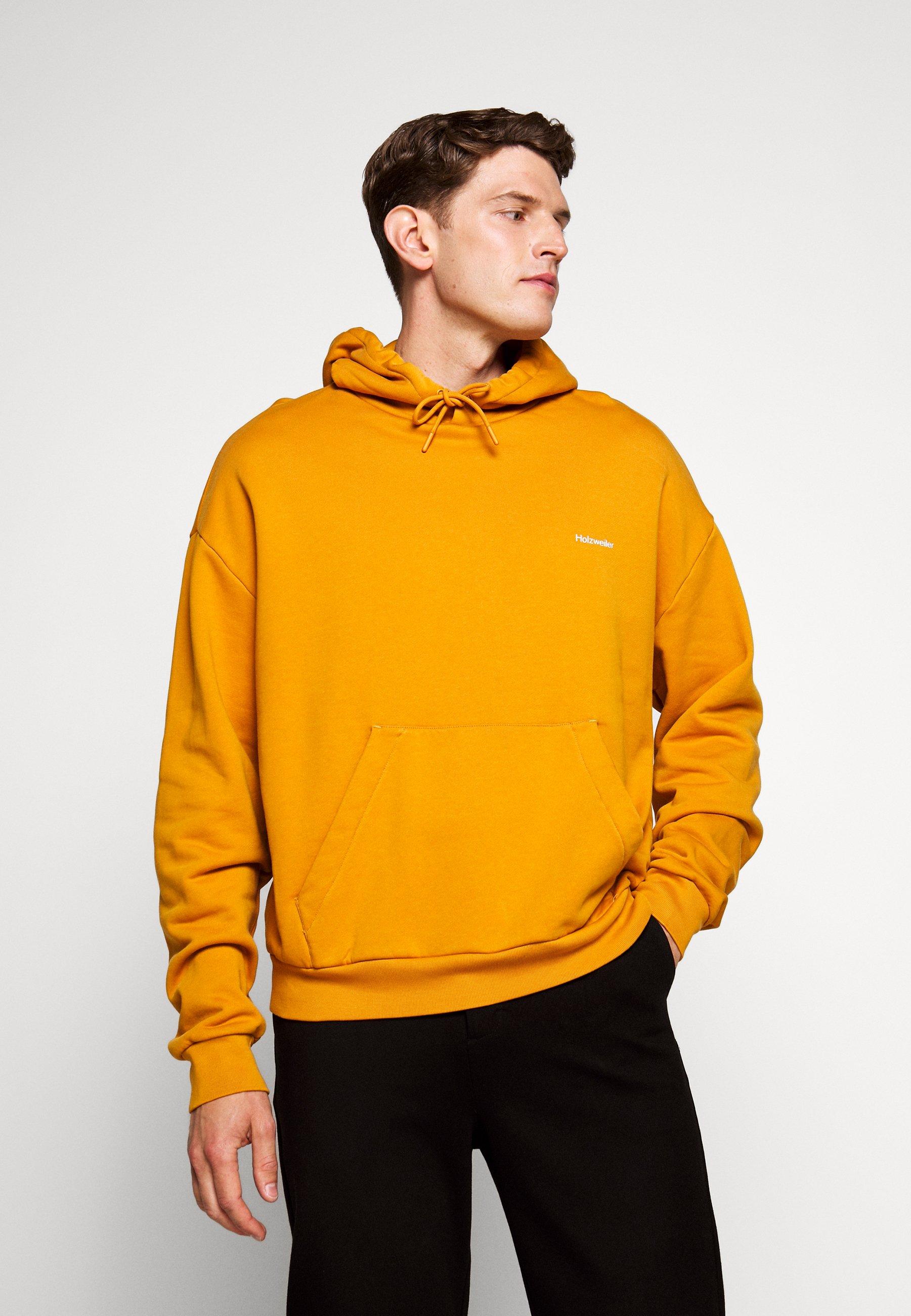 HOODIE Sweat à capuche ocher yellow