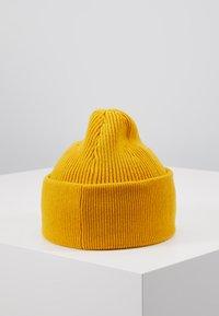 Holzweiler - MARGAY BEANIE - Beanie - yellow - 2