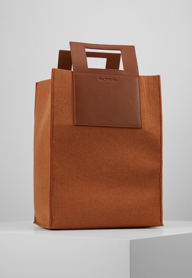 Holzweiler - CARRY BIG BAG - Tote bag - camel