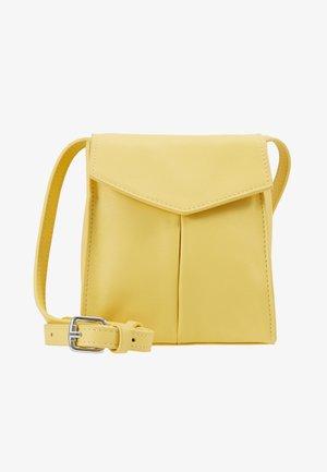 BAG SHOULDER STRAP - Taška spříčným popruhem - yellow