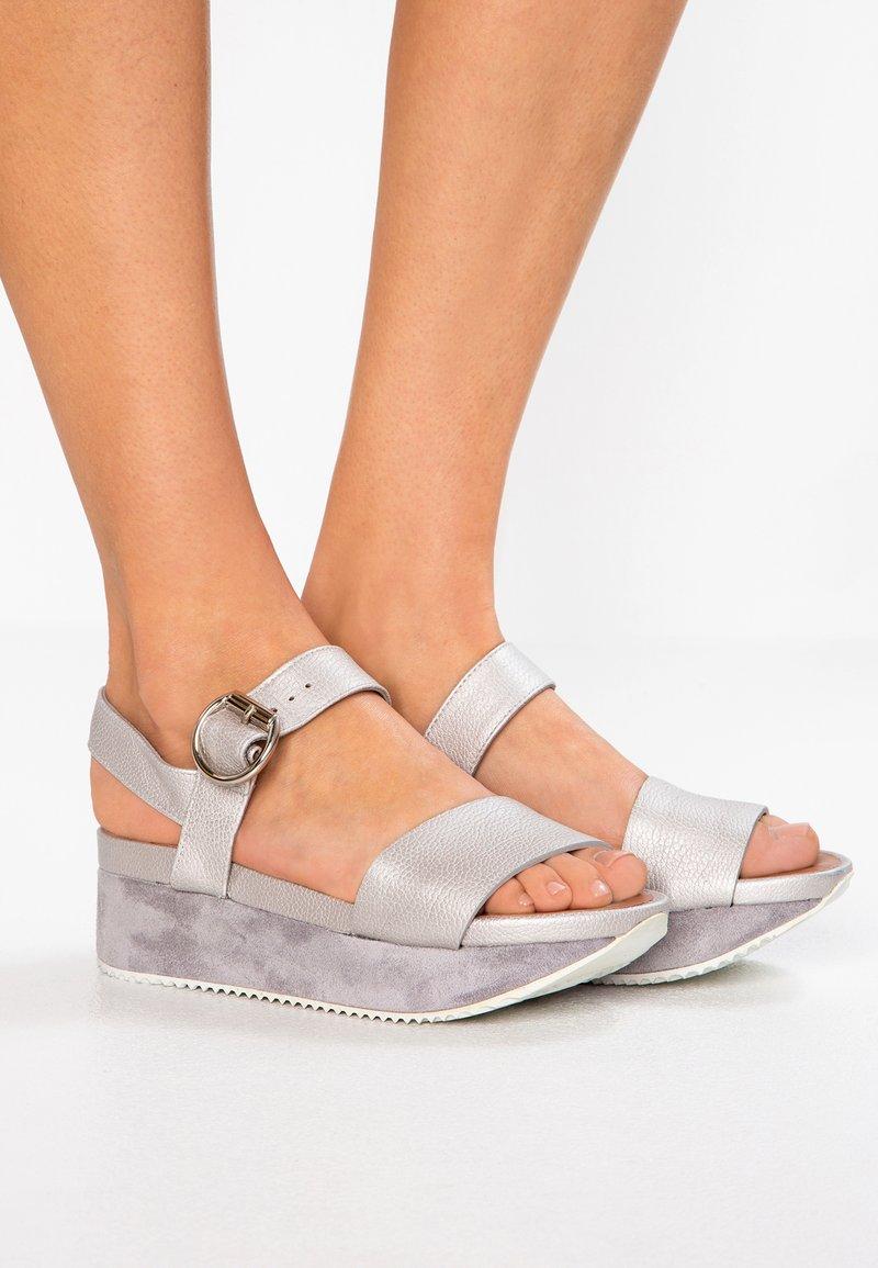 Homers - OLYMPI - Platform sandals - brasilia quebec/piedra