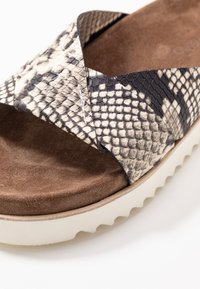 Homers - Pantolette flach - natural - 2