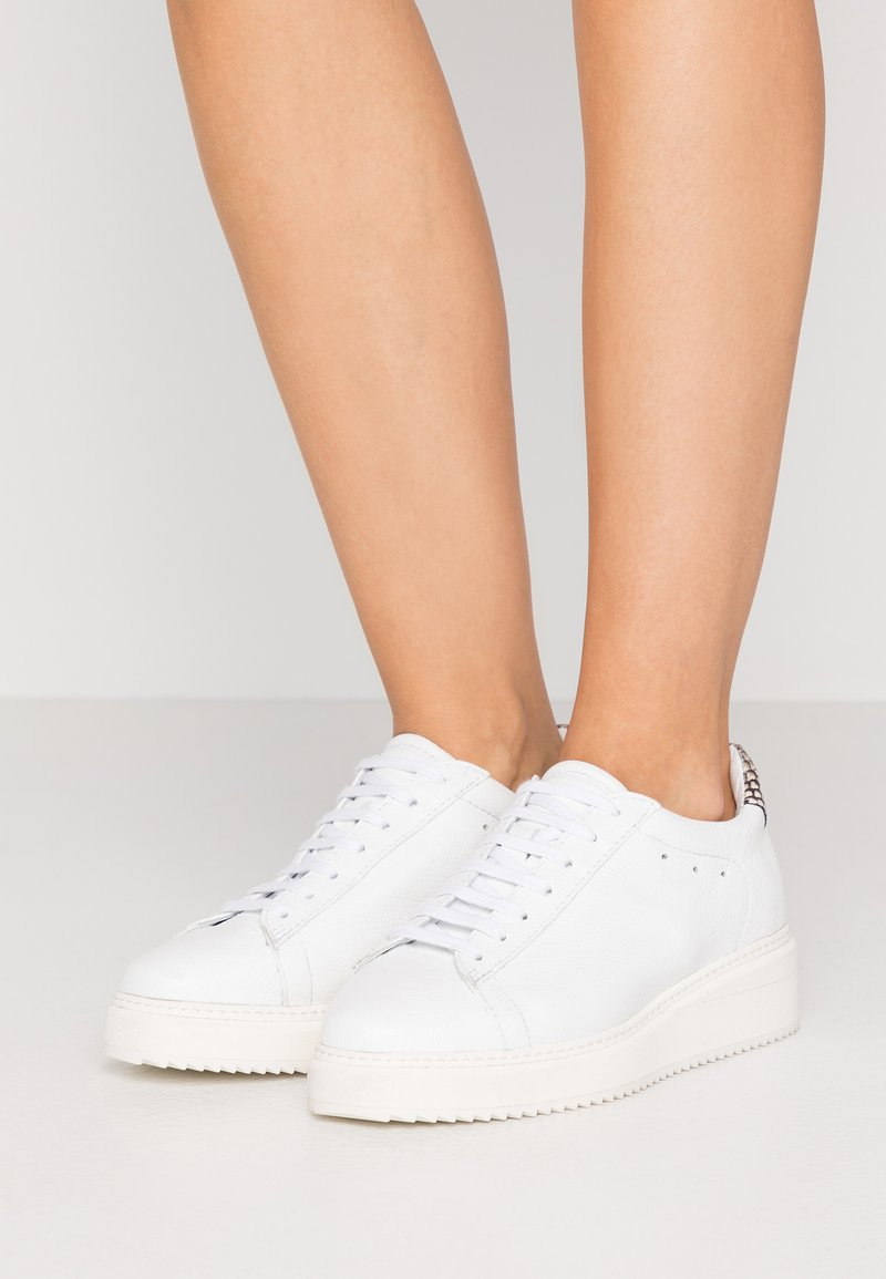 Homers - ISTA - Sneaker low - white/natural
