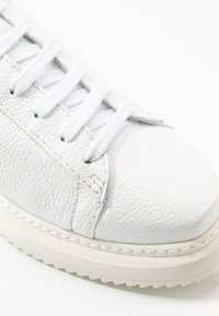 Homers - ISTA - Sneaker low - white/natural - 2