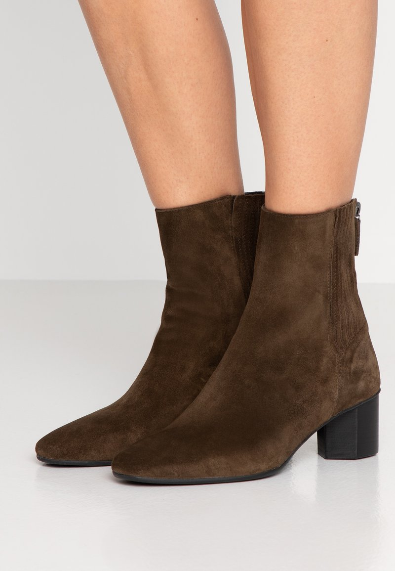 Homers - LARA - Classic ankle boots - militare