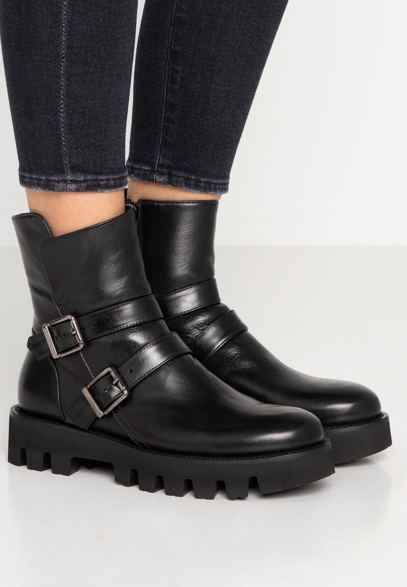 Homers - SIENA - Cowboy/biker ankle boot - black