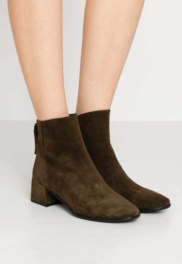 ALEXY - Ankle boots - militare