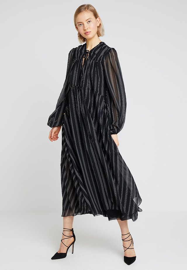 LOVIN LINDHAH DRESS - Maksimekko - noir