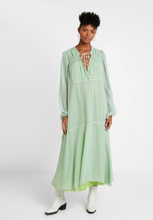 LOVIN' LINDHAH DRESS - Maxi dress - wasabi