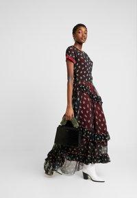 We are HAH - ME DRESS - Maxi-jurk - cheap perfum e noir - 1