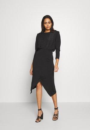 RUCHE DRESS - Shift dress - noir