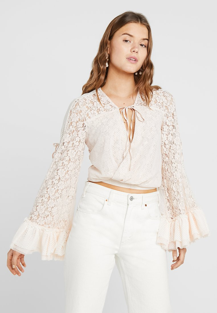 We are HAH - KIM ON - Blouse - au naturale