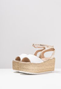 Hot Soles - High heeled sandals - white - 4
