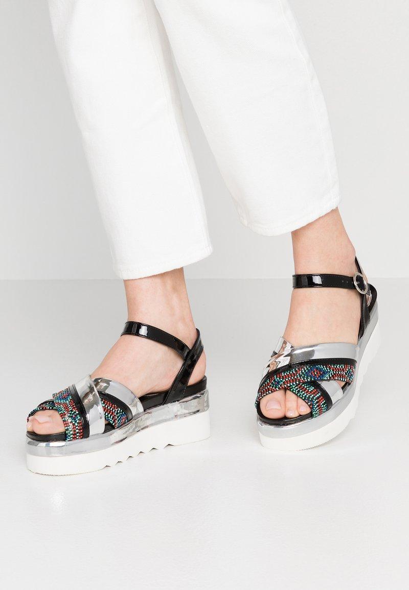 Hot Soles - Platform sandals - silver/black