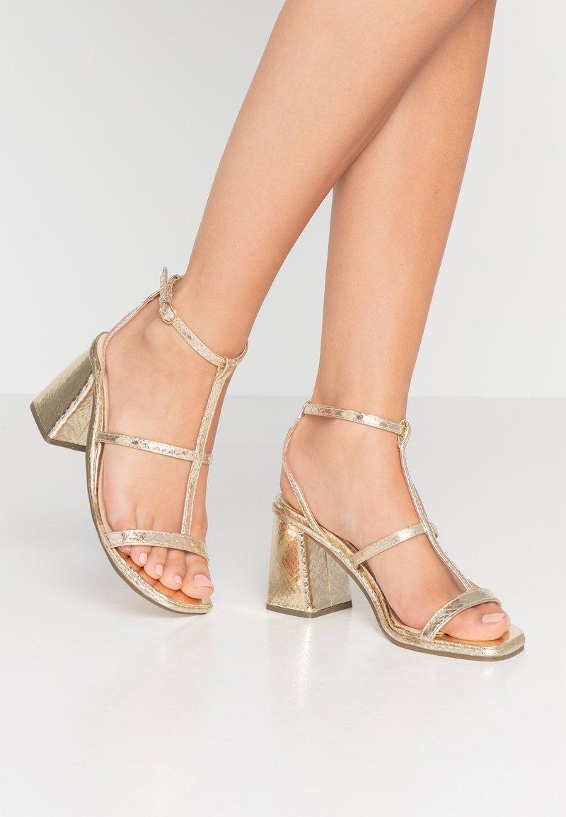 Hot Soles - Sandaler - gold
