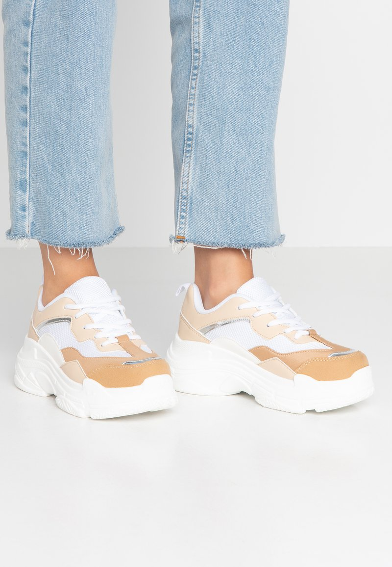 Hot Soles - Sneaker low - beige