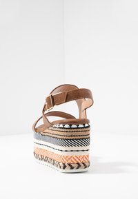 Hot Soles - Korolliset sandaalit - orange/multicolor - 5