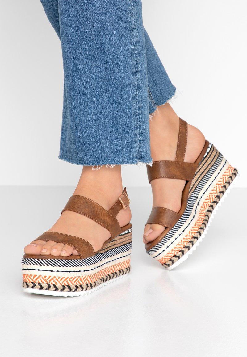 Hot Soles - High Heel Sandalette - orange/multicolor