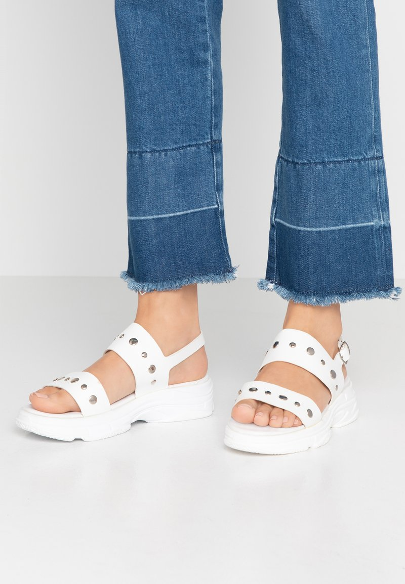 Hot Soles - Platform sandals - white