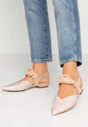 Sandals - blush