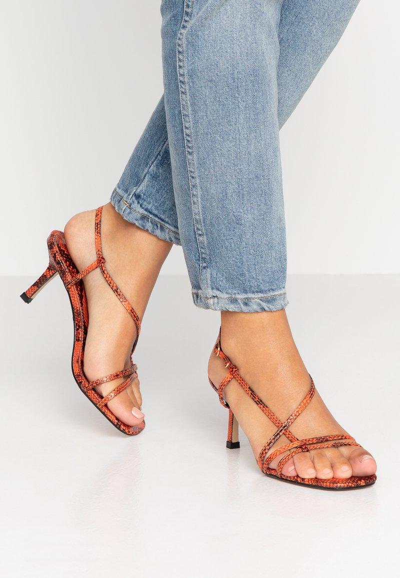 Hot Soles - Sandals - orange