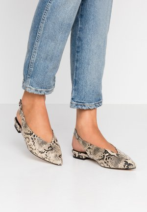 Slingback ballet pumps - natural