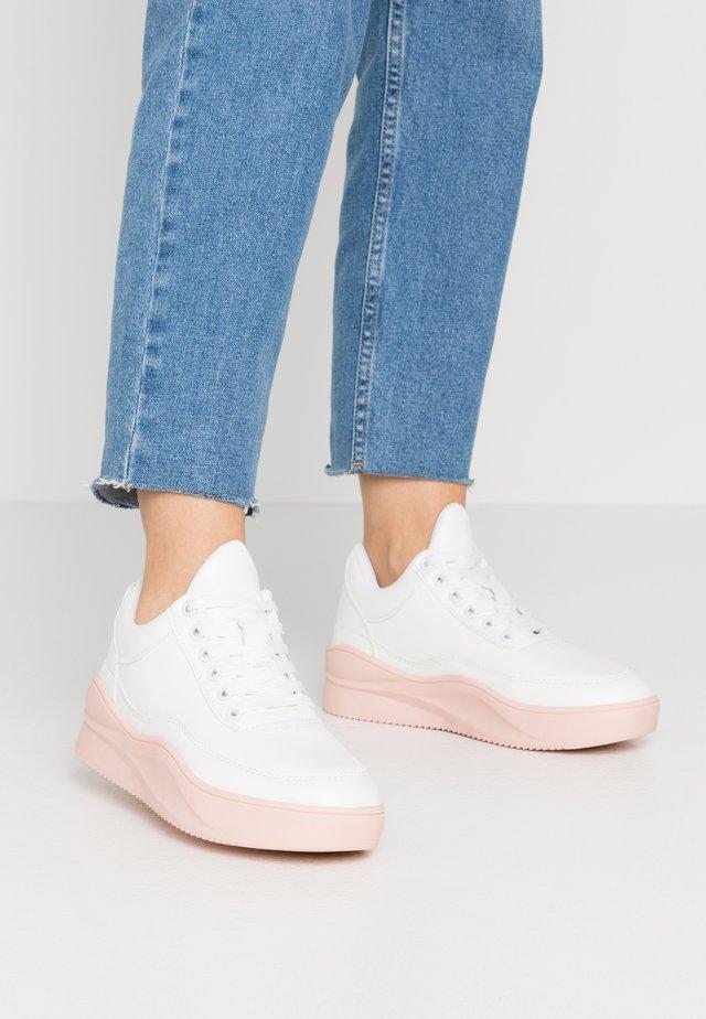 Sneaker low - white/pink