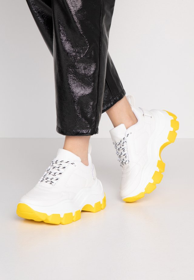 Sneakers laag - white/yellow