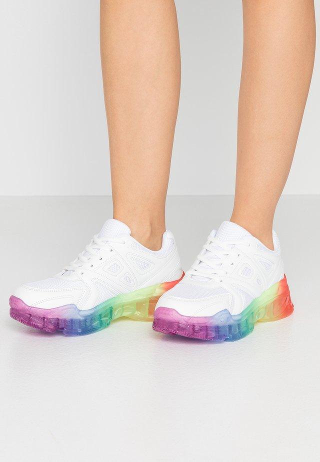 Sneakers - white/multicolor