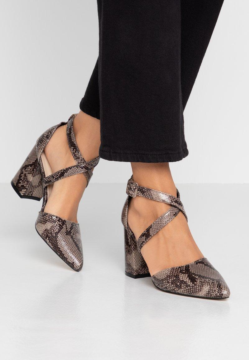 Hot Soles - Classic heels - natural