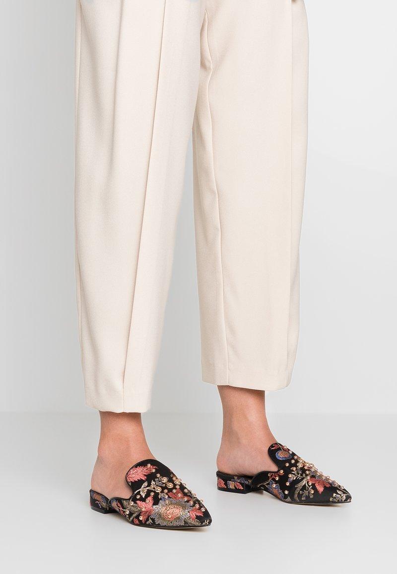 Hot Soles - Pantolette flach - multicolor