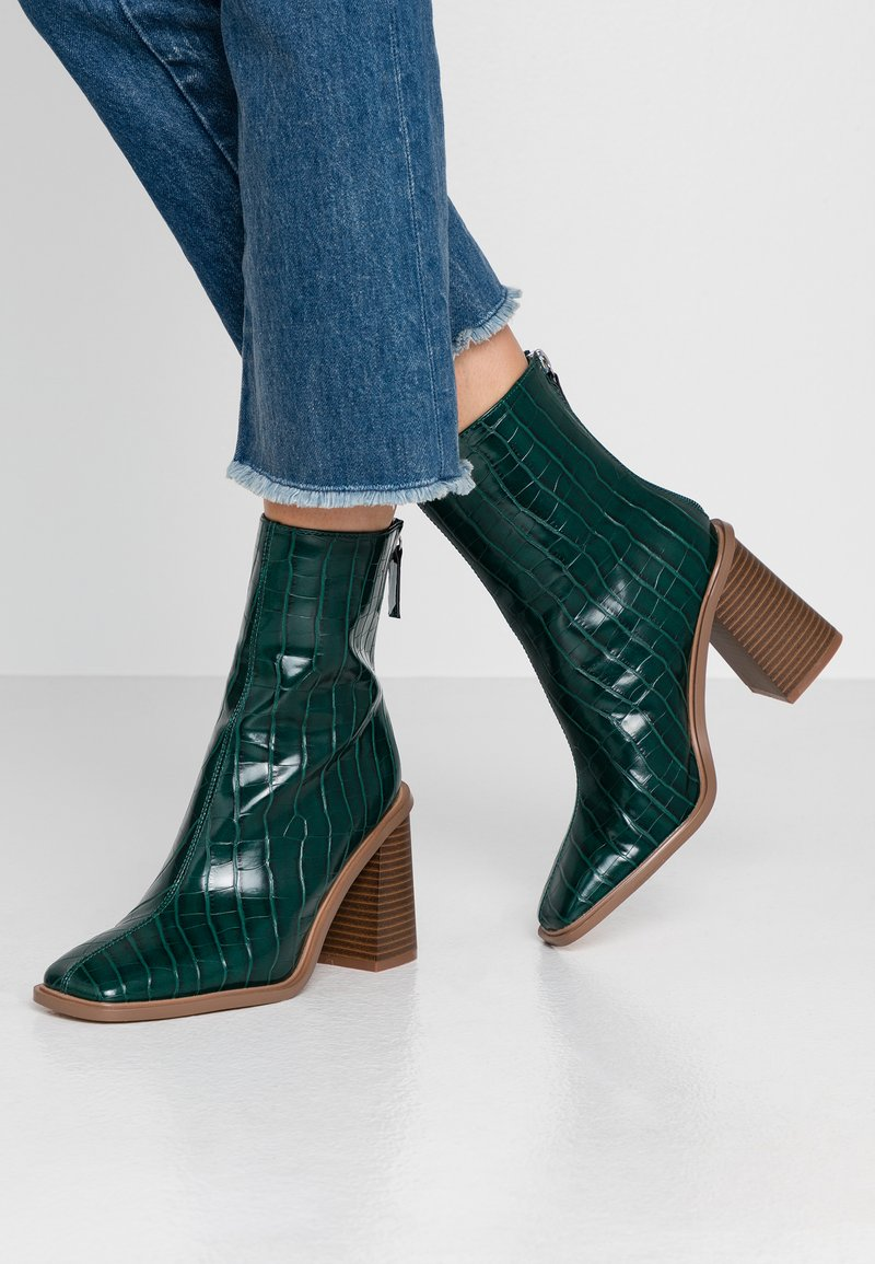 Hot Soles - High heeled ankle boots - dark green