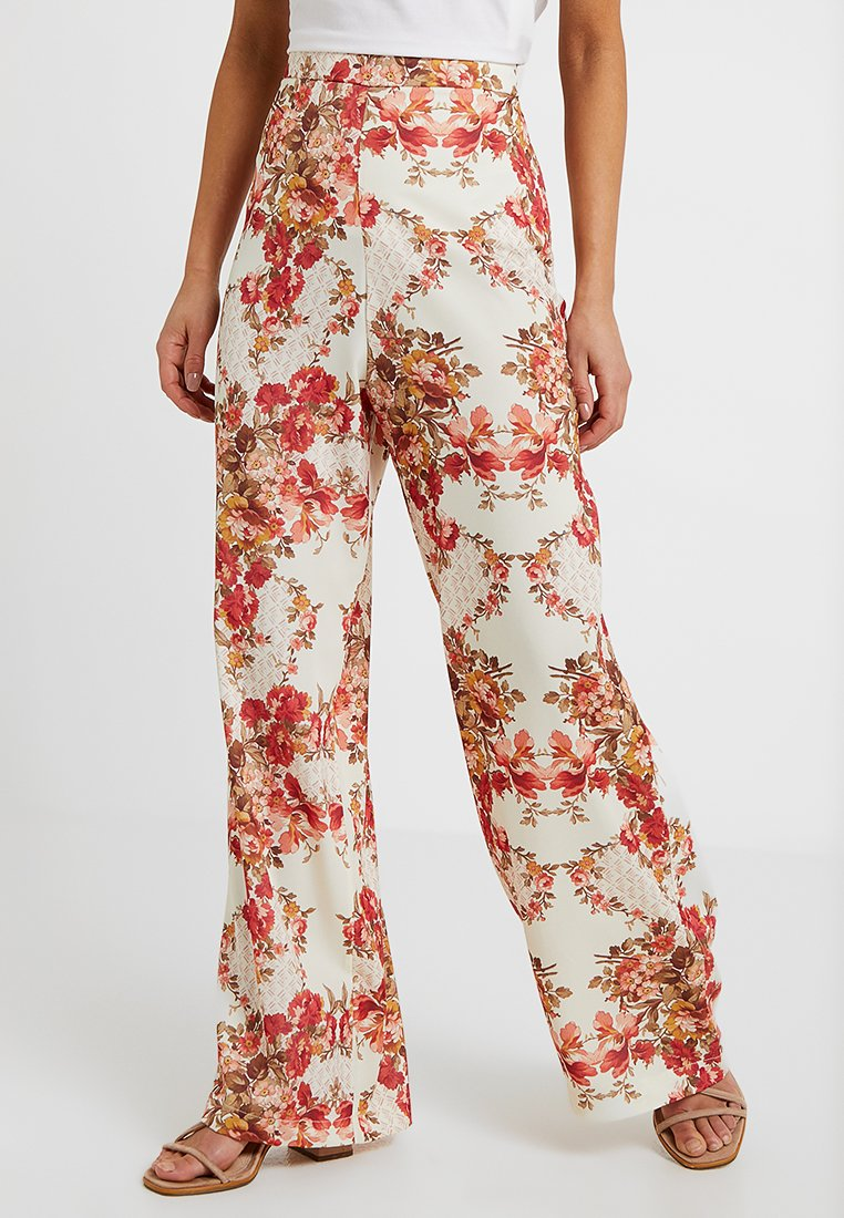 Hope & Ivy Petite - FLORAL HIGH WAISTED WIDE LEG TROUSERS - Stoffhose - cream