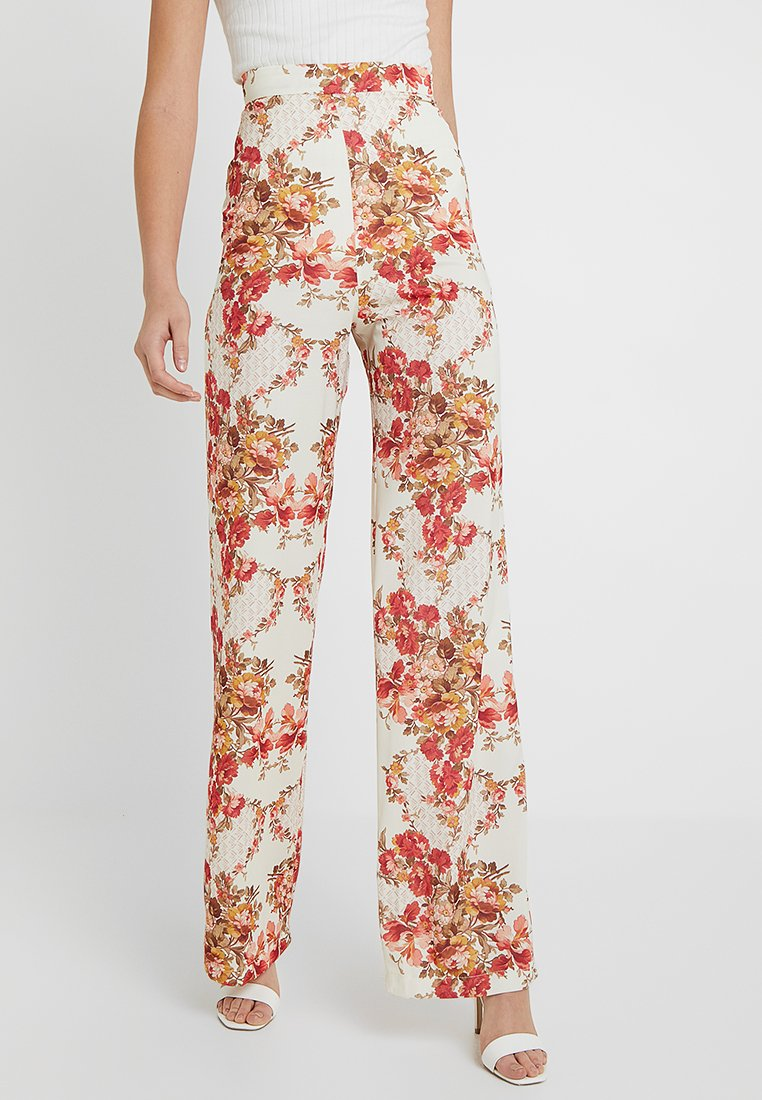 Hope & Ivy Tall - FLORAL HIGH WAISTED WIDE LEG TROUSERS - Trousers - cream
