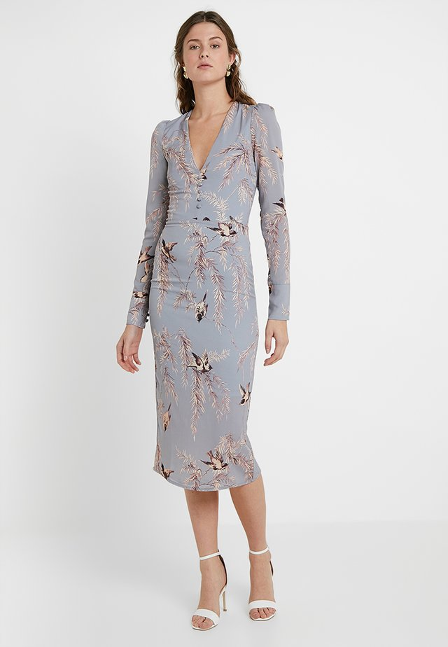 LONG SLEEVE PLUNGE PENCIL MIDI - Robe de soirée - pale blue