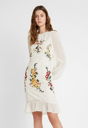 EMBROIDERED LONG SLEEVE MINI - Vestido de cóctel - cream
