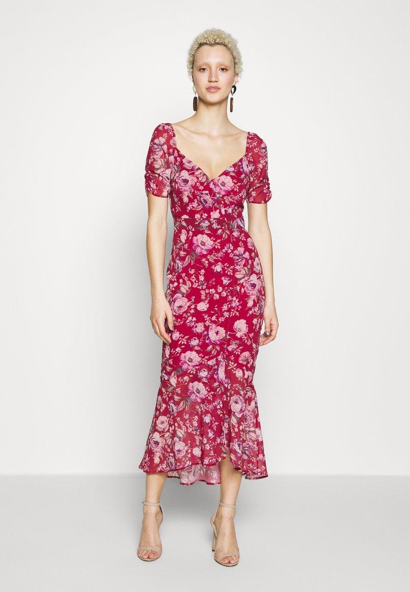 Hope & Ivy Tall - Koktejlové šaty/ šaty na párty - dark red
