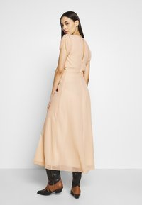 Hope & Ivy Tall - Cocktailkjole - offwhite - 2
