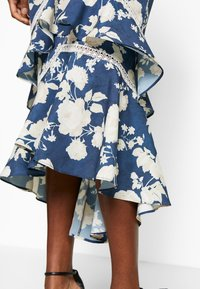Hope & Ivy Tall - Sukienka koktajlowa - dark blue - 6