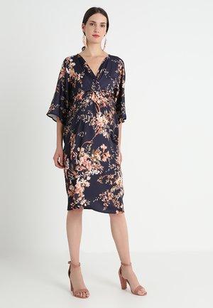 KIMONO DRESS - Denní šaty - navy