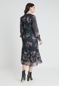 Hope & Ivy Maternity - PLUNGE BUTTON DOWN LONG SLEEVE MIDI - Maxi dress - navy - 2
