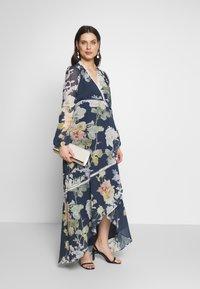 Hope & Ivy Maternity - LONG SLEEVE WRAP DRESS - Maxikjoler - navy - 1