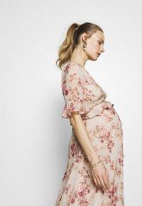 Hope & Ivy Maternity - MIDI PEPLUM KEYHOLE BACK DRESS - Cocktailkjole - blush - 3