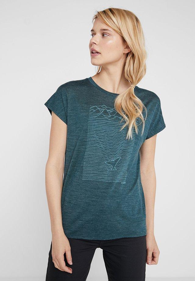 ACTIVIST MESSAGE TEE - T-shirt con stampa - gimmie green