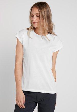 BIG UP TEE - Jednoduché triko - powderday white
