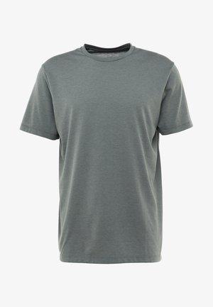 BIG UP TEE - Basic T-shirt - storm green