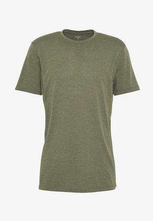 BIG UP TEE - T-shirt - bas - utopian green