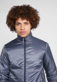 Houdini - UP JACKET - Snowboard jacket - spokes blue - 3