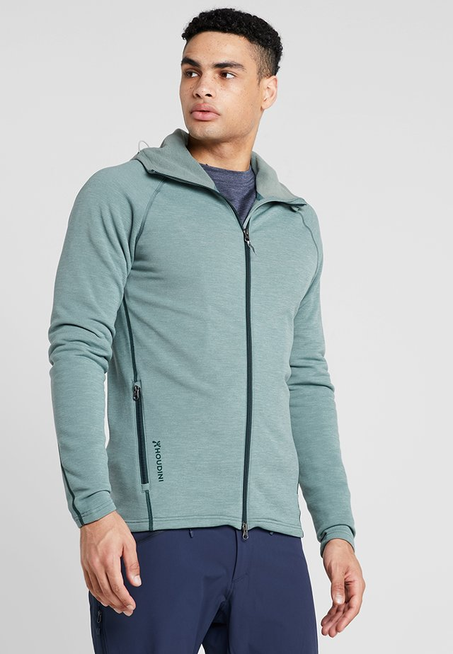OUTRIGHT HOUDI - Giacca in pile - light storm green